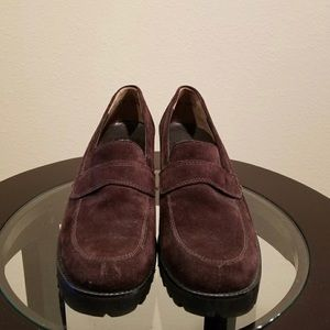 Paul Green Size 7 Brown Suede